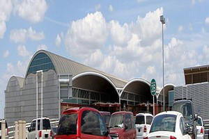 Wynajem Samochodów San Antonio Lotnisko